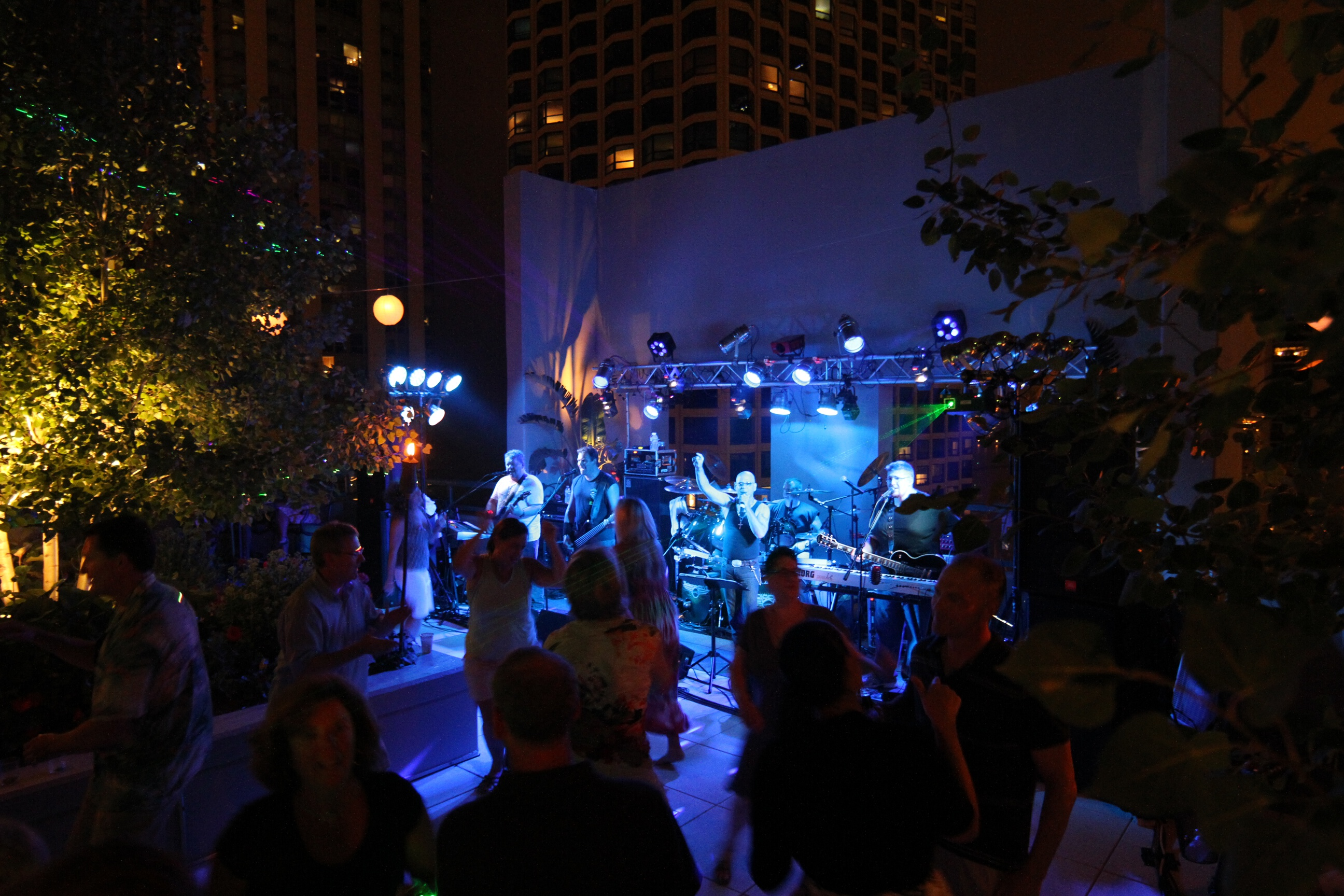 Audiodrive rocks the Lancaster rooftop downtown Chicago!